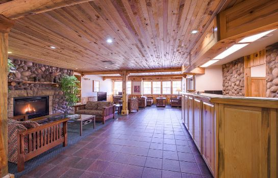 Hall River Canyon Lodge