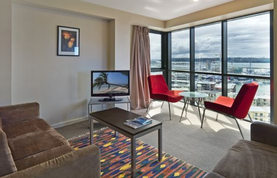 Room Hotel Grand Chancellor Auckland