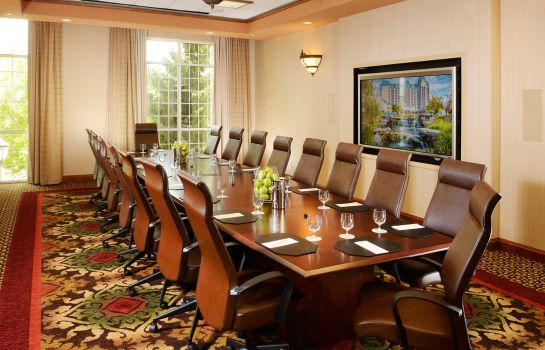 Conference room CHATEAU ON THE LAKE RESORT AND SPA