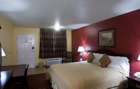 Room Manor Inn College Station