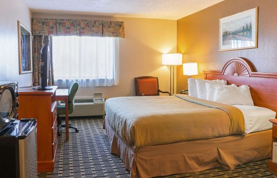 Chambre Quality Inn and Suites Detroit Metro Air