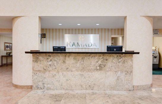 Hotelhalle Ramada by Wyndham Cleveland Airport West