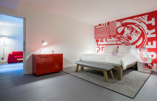 Suite Brussels Radisson Red Hotel