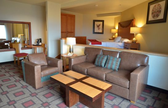 Suite Quinault Beach Resort and Casi