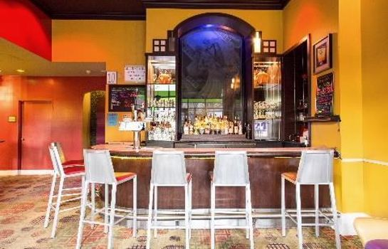 Bar hotelowy Independent (SPHC) HOTEL HIGHLAND DOWNTOWN