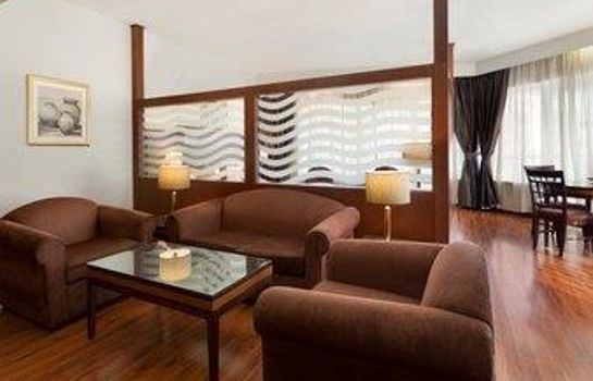 Suite Howard Johnson Bur Dubai