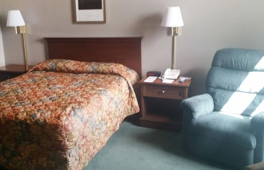 Room GREAT FALLS INN BY RIVERSAGE