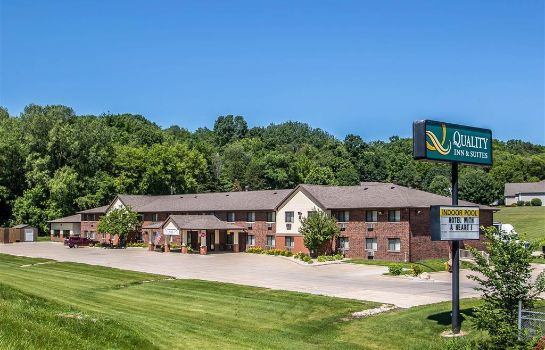 Vista esterna Quality Inn and Suites Decorah