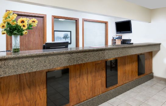 Empfang Days Inn & Suites by Wyndham Des Moines Airport