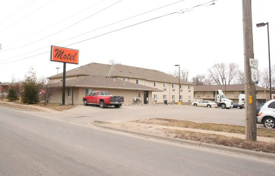 Exterior view Village Inn Motel Des Moines