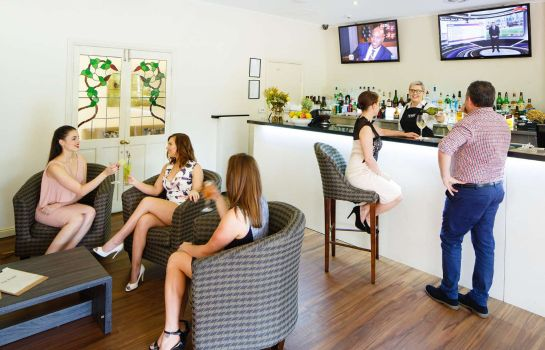 Hotel-Bar Best Western Plus Hovell Tree Inn