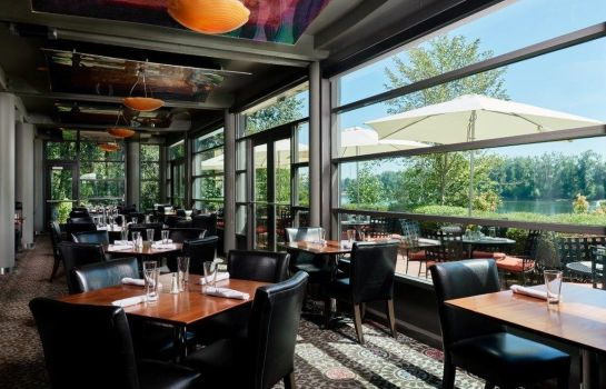 Restaurant Rivers Edge Hotel and Spa