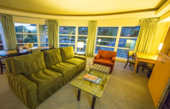 Suite Rivers Edge Hotel