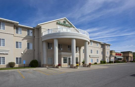 Exterior view GrandStay Ames