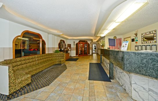 Lobby Howard Johnson by Wyndham Benton Harbor/St. Joseph Howard Johnson by Wyndham Benton Harbor/St. Joseph