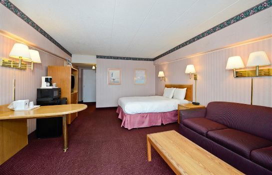 Suite Americas Best Value Inn & Suites-Benton Harbor