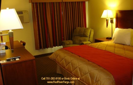 Room RED LION INN AND SUITES FARGO