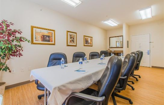 Conference room Crestwood Suites Of Colorado Springs