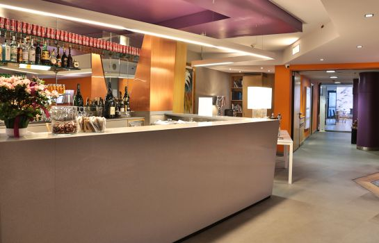 Hotel bar Best Western Plus Executive Hotel & Suites