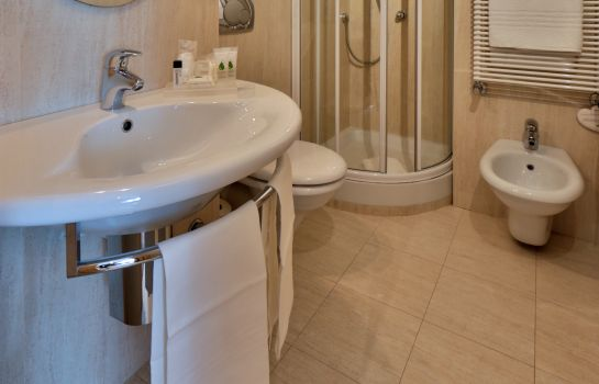 Bagno in camera Best Western Plus Executive Hotel & Suites