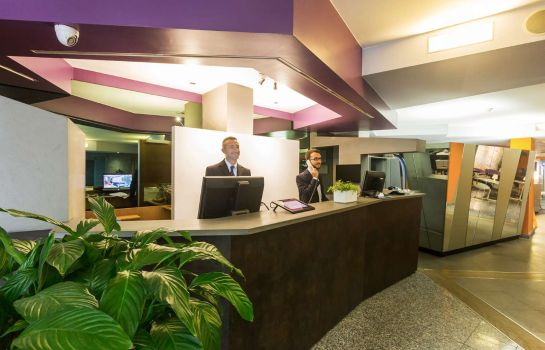 Hall Best Western Plus Executive Hotel & Suites