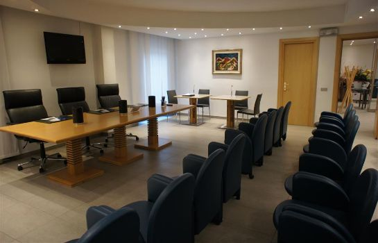 Sala de reuniones Best Western Plus Executive Hotel & Suites