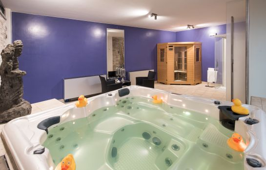 Whirlpool Best Western Plus Executive Hotel & Suites