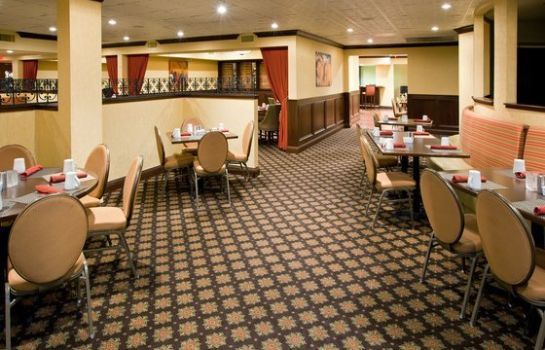 Restaurant Crowne Plaza LOUISVILLE AIRPORT EXPO CTR