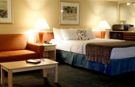 Info Executive Inn and Suites Embarcadero Cove