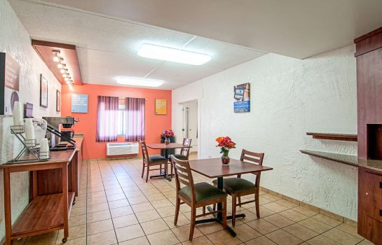 Restaurant Motel 6 Bridgeview