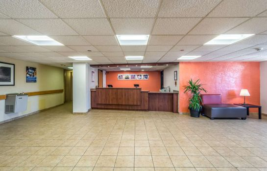 Hotelhalle BAYMONT INN AND SUITES OHARE