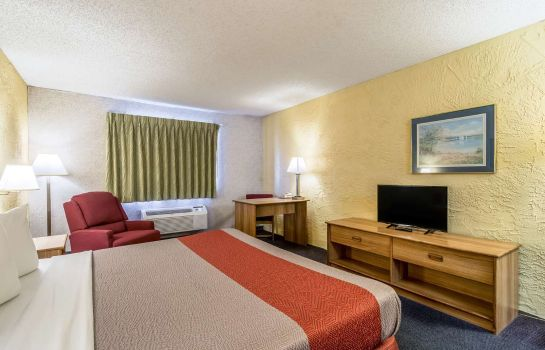 Zimmer BAYMONT INN AND SUITES OHARE