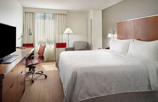 Zimmer Four Points by Sheraton Charlotte