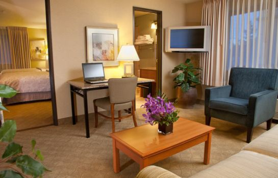 Suite Silver Cloud Inn - Bellevue Downtown