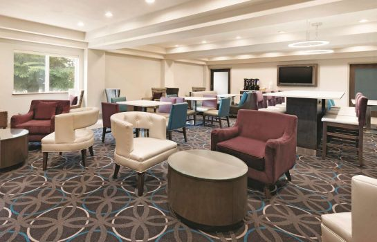 Lobby Ameritel Inn Pocatello