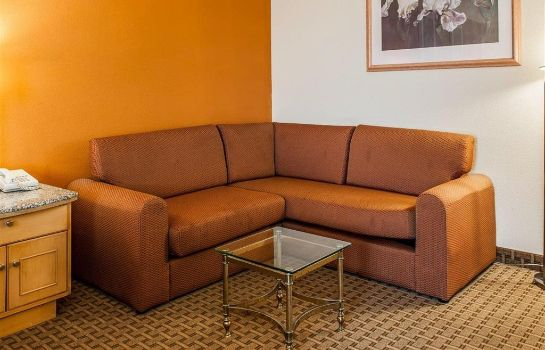 Zimmer Quality Inn and Suites Shelbyville