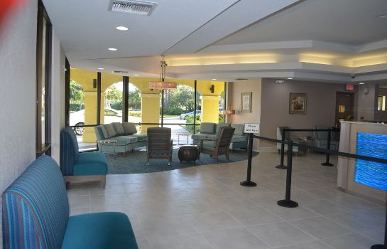 Lobby Sirata Beach Resort