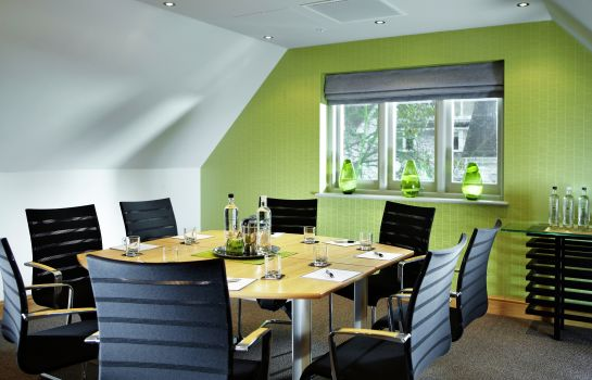 Meeting room Rowhill Grange and Utopia Spa