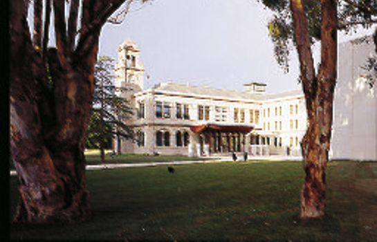 Info THE MANSION HOTEL AND SPA AT WERRIBEE