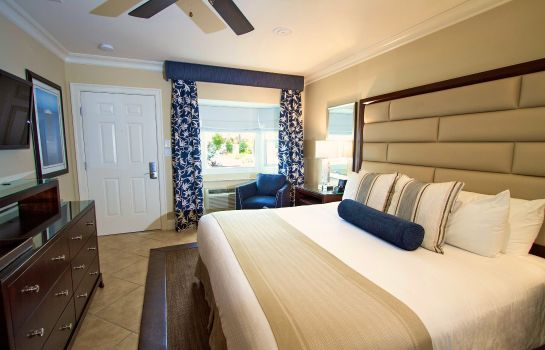Room SOUTHERNMOST HOTEL