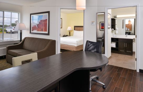 Zimmer Candlewood Suites BEAUMONT