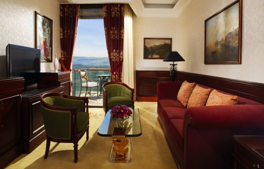 Suite Grand Hills a Luxury Collection Hotel & Spa Broumana