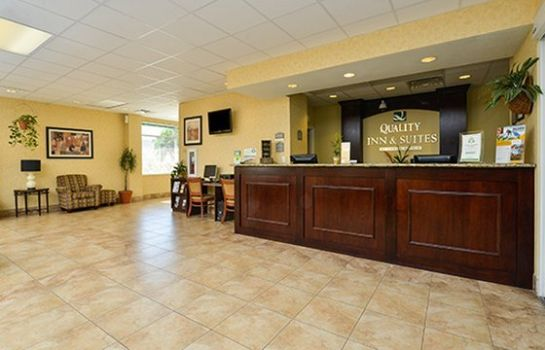 Hall Quality Inn & Suites Near Fairgrounds Ybor City