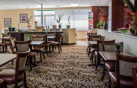 Ristorante Quality Inn & Suites Near Fairgrounds Ybor City