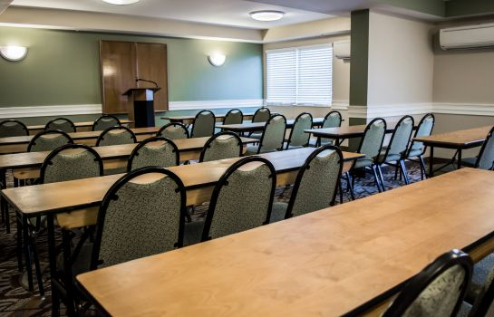 Sala konferencyjna Quality Inn & Suites Near Fairgrounds Ybor City