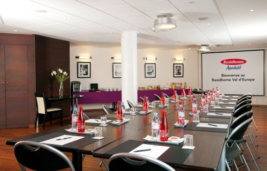 Meeting room Residhome Val d'Europe Apparthotel