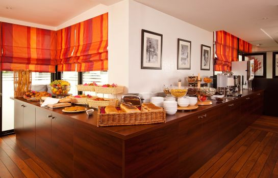 Breakfast buffet Residhome Val d'Europe Apparthotel