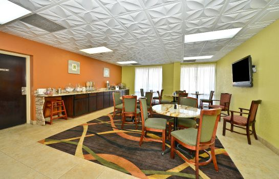 Info BEST WESTERN KNOXVILLE SUITES DOWNTOWN