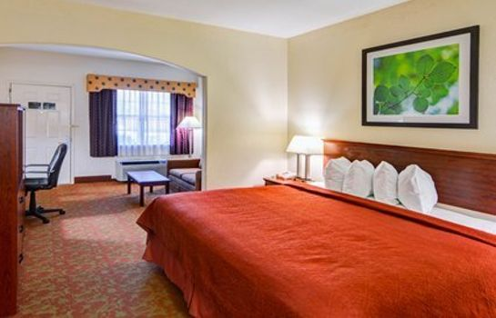 Zimmer Quality Inn & Suites Canton