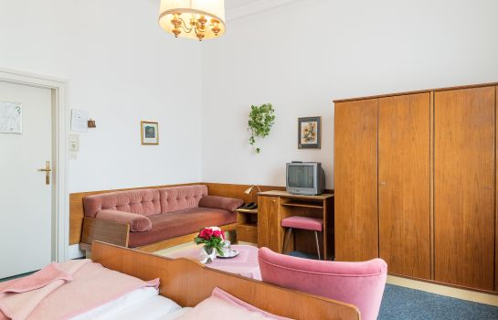 Triple room Pension Neuer Markt